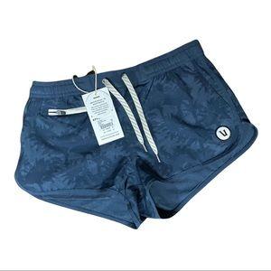 Vuori Tavi Indigo Palm Shorts Size XS NWT